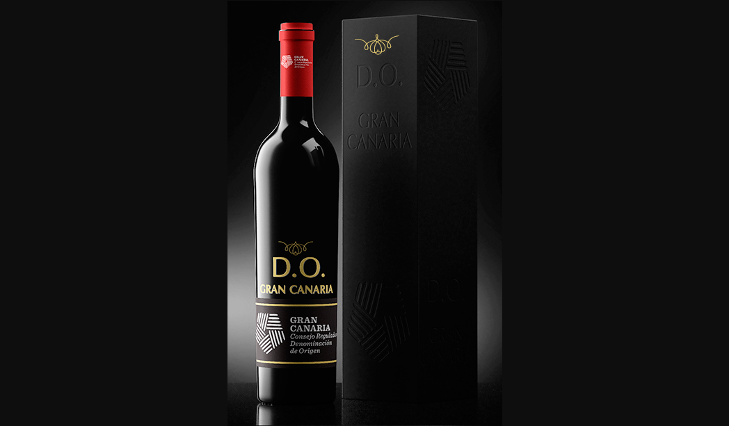 http://vinosdegrancanaria.es/wp-content/uploads/2016/05/vinos-de-gran-canaria-botella-3.png